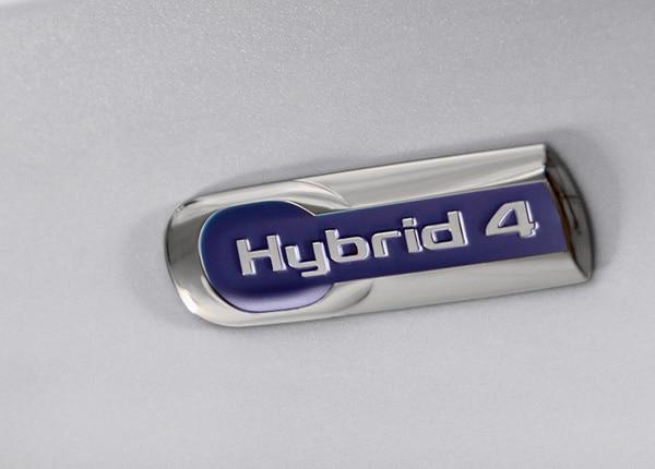 1800x681_citroen-motorisations-hybrid4